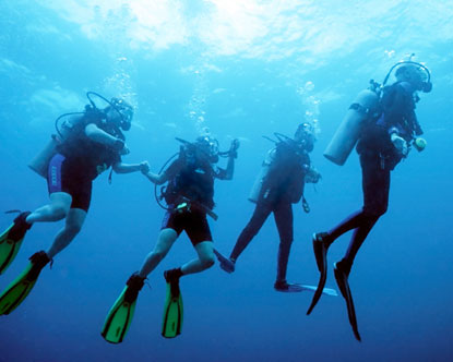 STAR 102  - SCUBA DIVING TOUR